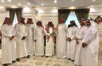 رئيس بلدية محافظة ضمد يكرم عدد من الموظفين المتميزين
