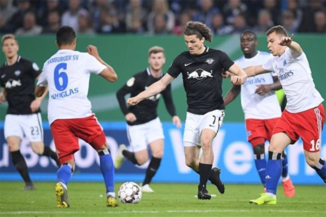 """"""" ايبزج """" يتأهل لأول مرة في تاريخه """" لنهائي كأس ألمانيا """" بثلاثية في """" هامبورج """".."""