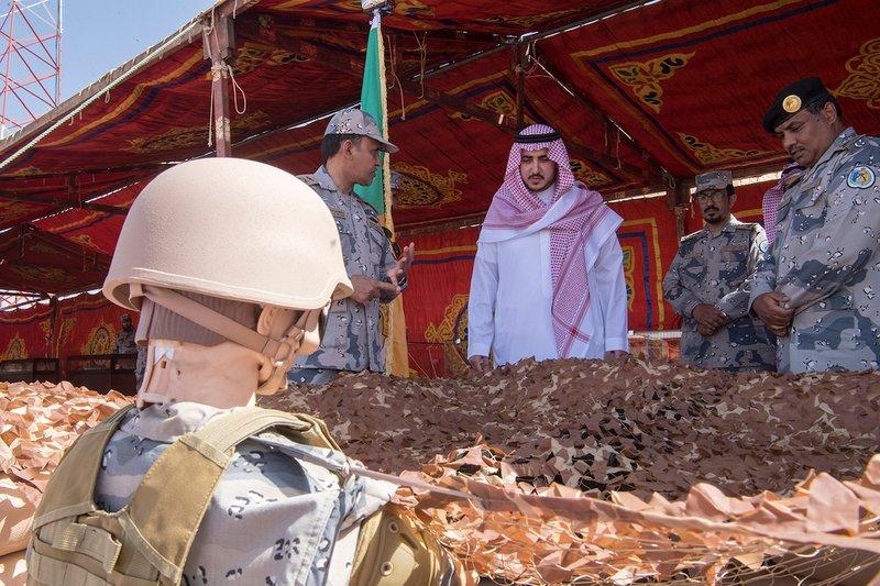 أمير الجوف يتفقد عددًا من مراكز قيادة حرس الحدود بالمنطقة