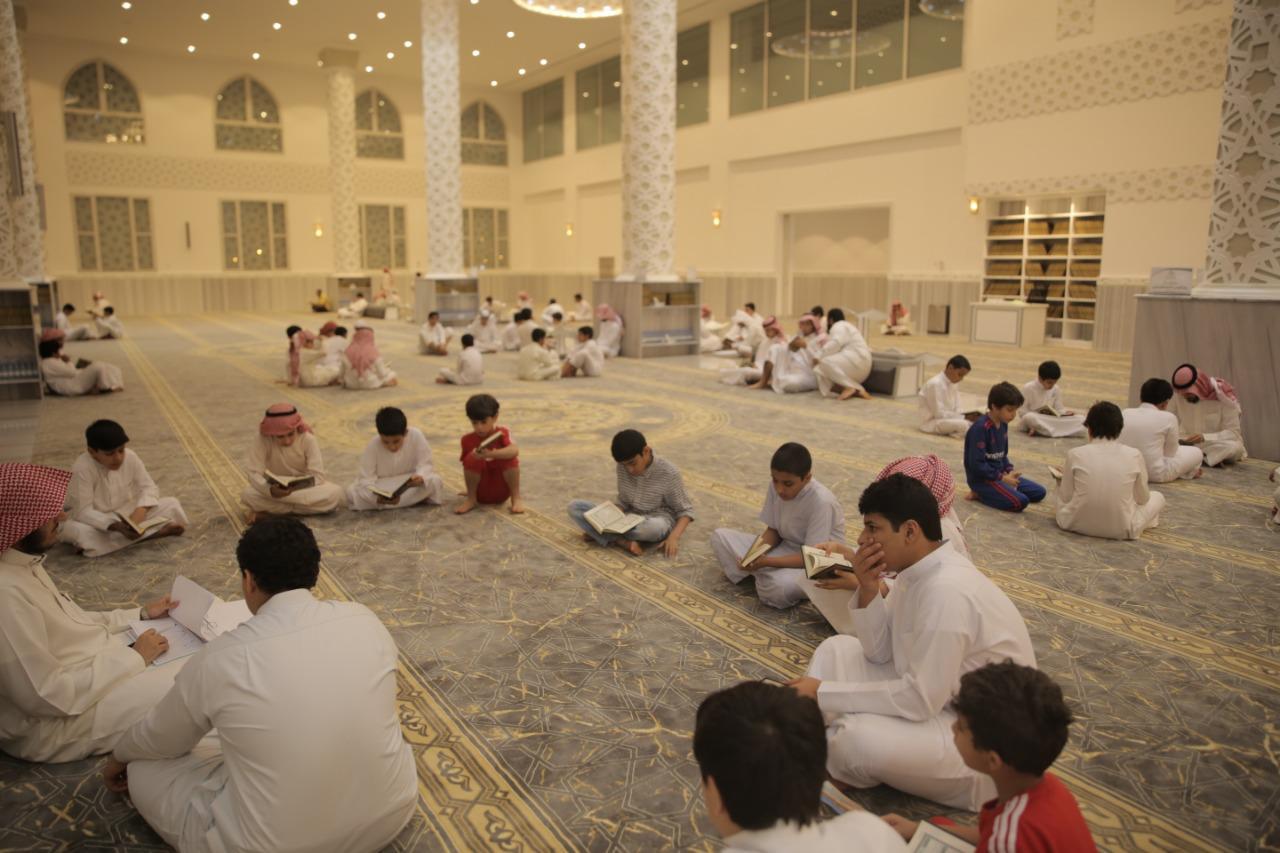 أكثر من 100 طالب من طلاب «جمعية تراؤف» يشاركون في دورة الشريع القرآنية