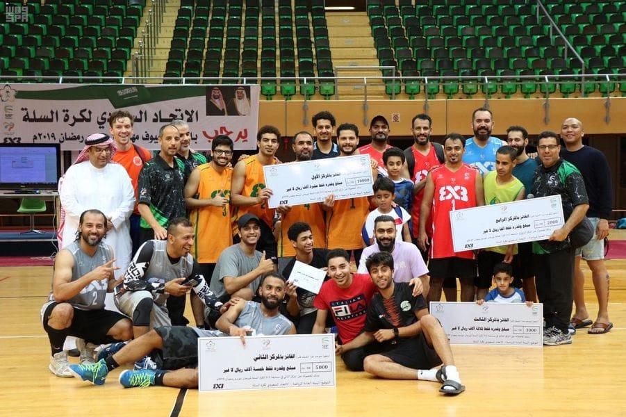 النور يحقق المركز الأول في مهرجان مسابقة (3 × 3) لكرة السلة