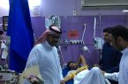 """"""" النجمي """" يزور مستشفى صامطة العام ويطمئن على مصابي عمليات عاصفة الحزم"""
