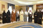 خالد الفيصل  يستقبل رئيس لجنة شؤون الأسرة بمجلس المنطقة