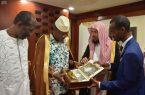 رئيس جمهورية غينيا يستقبل الدكتور الشثري
