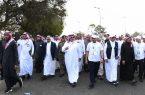 أمير عسير يرعى أكبر فعالية للمشي في المنطقة