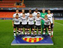 فالنسيا الإسباني يعلن إصابة عدد كبير من لاعبيه بـ«كورونا»
