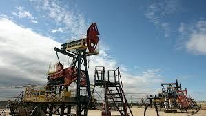 ارتفاع أسعار النفط بعد هبوط مخزونات الخام الأمريكية