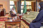 أمير تبوك يلتقي أمين مجلس المنطقة الدكتورة خلود الخميس