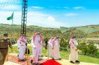 أمير منطقة الباحة يتفقد مشاريع تنموية وسياحية ويزور دار الأيتام بمحافظة القرى