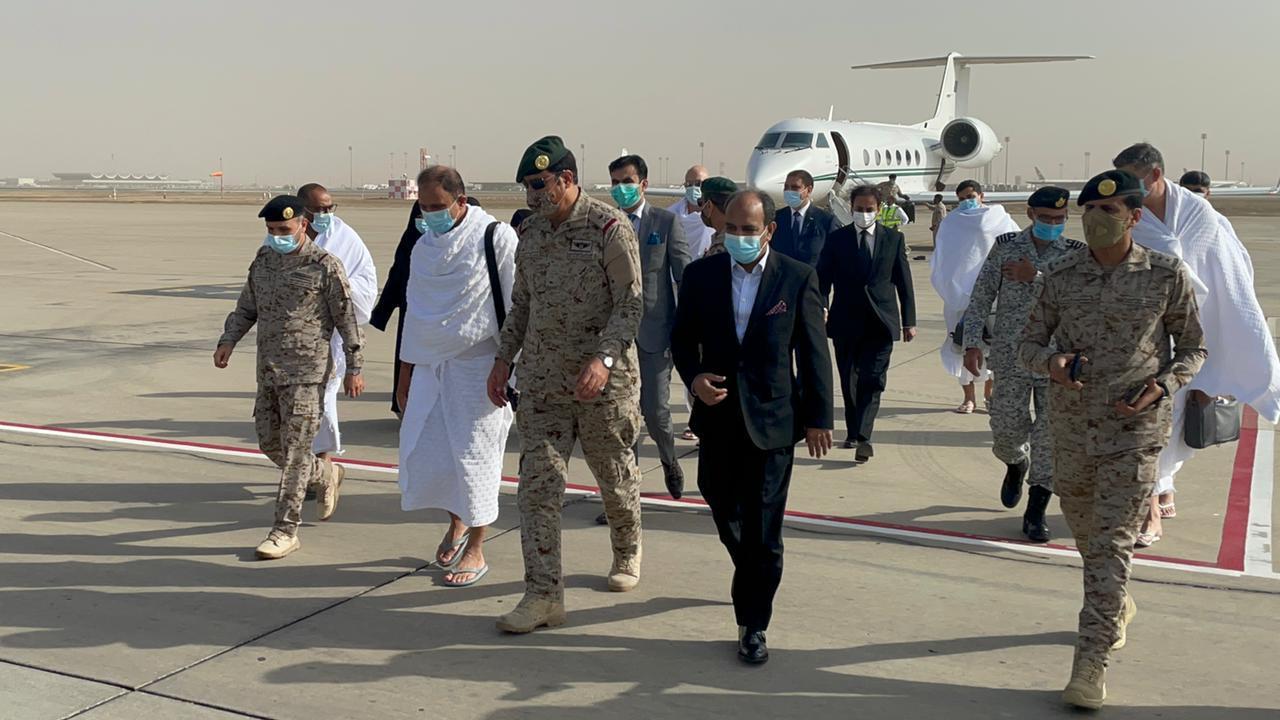 رئيس أركان البحرية الباكستانية يزور جدة