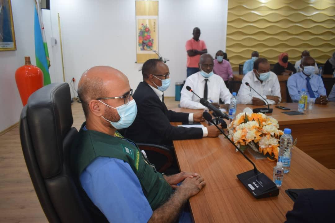 وزير الصحة الجيبوتي يستقبل وفد مركز الملك سلمان الإغاثي