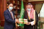 سمو أمير منطقة جازان يستقبل سفير بنغلاديش لدى المملكة
