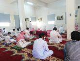 فريق شباب ناوان التطوعي يواصلون تغطية جوامع والمساجد
