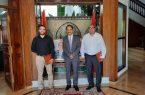 """السفير """"الأصبحي"""" يُكرم عدداً من الباحثين بالمملكة المغربية الشقيقة"""